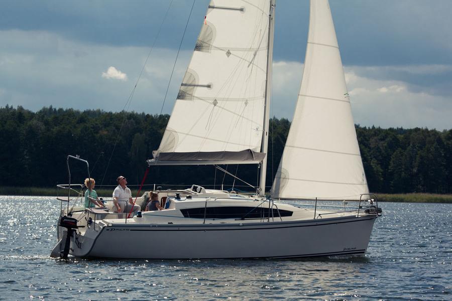 Czarter jachtu w długi weekend czerwcowy? Zapraszamy do Giżycka na Mazury!