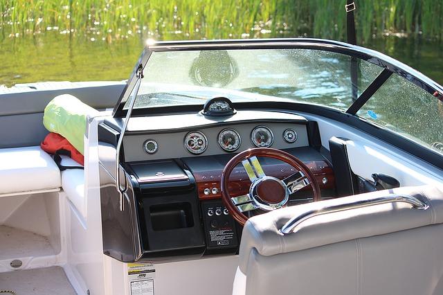 boat-1505679_640