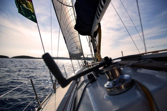 Pomysł na długi weekend majowy – czarter jachtów na Mazurach! | Czarter jachtów Giżycko
