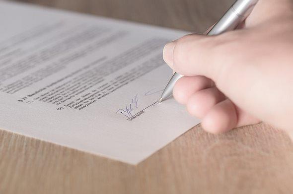 Czarter jachtów – wzór umowy czarterowej | Piraci.com.pl