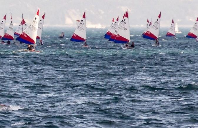 Mistrzostwa Świata Mastersów w Raceboardzie już od poniedziałku w Giżycku | Czarter jachtów Giżycko
