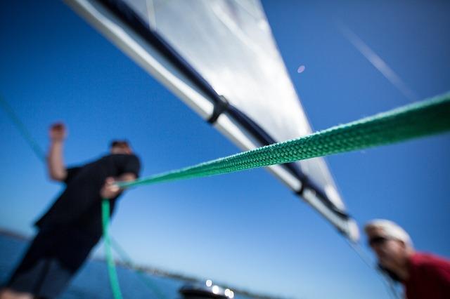 Jacht - żeglarstwo - czarter