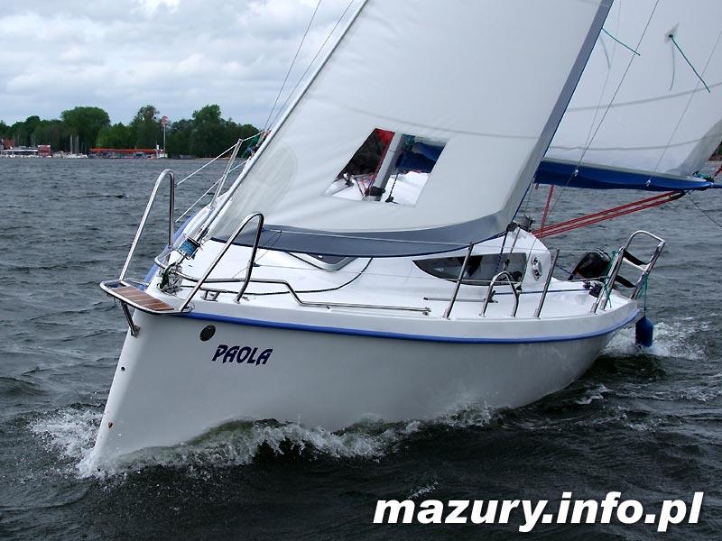 Jacht czarterowy Focus 800