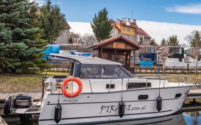 Czarter jachtów na Mazurach bez patentu | Czarter jachtów Mazury-Giżycko